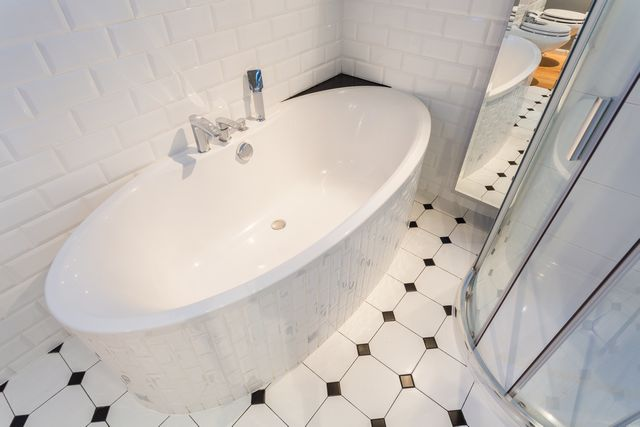 thin-porcelain-tile-redmond-wa