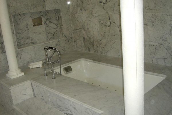 bathroom-granite-medina